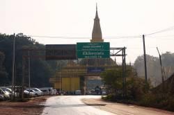 China-Laos border crossing. By KWOK Kam Man Carmen, 2018.