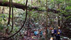 HKU Landscape students at Bubeng Field Station for Tropical Rainforest Ecosystem Studies, Chinese Academy of Sciences, Yunnan. By LEUNG Shui Kay Kerry, 2019.