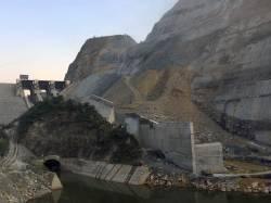 Nam Tha River dam. By Ashley Scott Kelly, 2018.