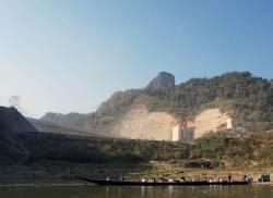 Nam Tha River dam. By CHUNG Kwan Yu Lillian, 2018.